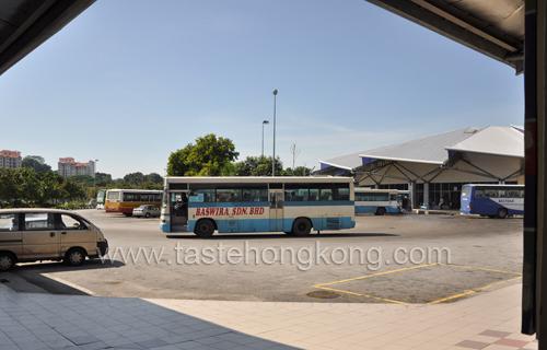 Bus, Melaka