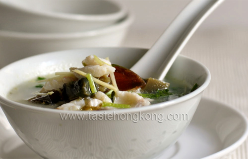 Coriander Soup with Century Egg and Fish Fillet