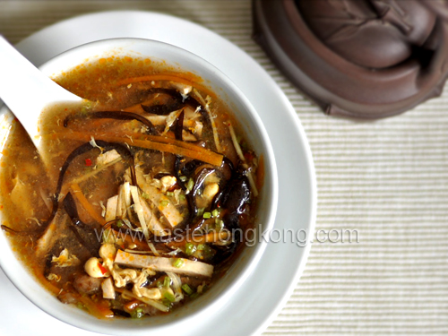 Chinese Hot and Sour Soup &#8211; Vegetarian Style