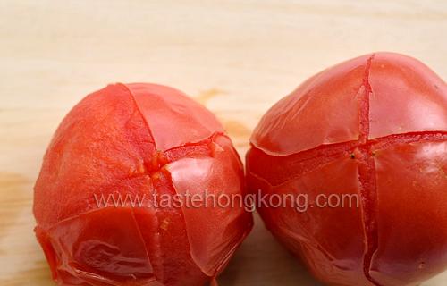 Skinning Tomato