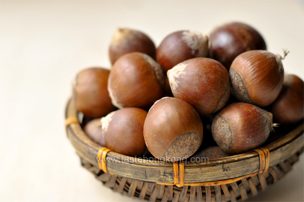 How to Skin Chestnuts, a Fast and Simple Way