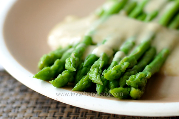 Asparagus with Fake Fermented Bean Curd Sauce