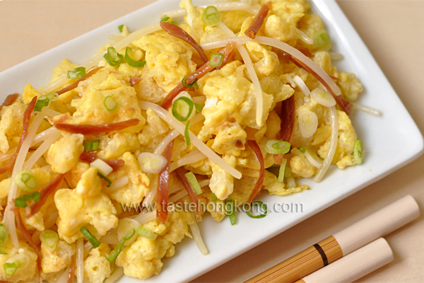 Stir-Fired Fish Maw with Bean Sprouts and Eggs