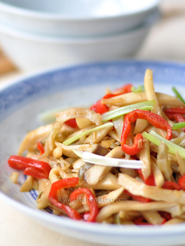 Stir-fried King Oyster Mushrooms with Sichuan Pickled Mustard