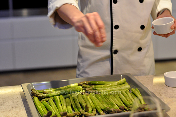 Steamed Asparagus with Miele Steam Oven