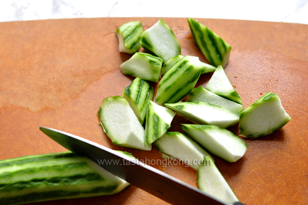 How to Slice Loofah Gourd