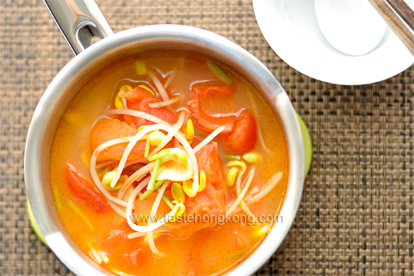 Soy Bean Sprout Soup with Tomatoes and Leftover Whey