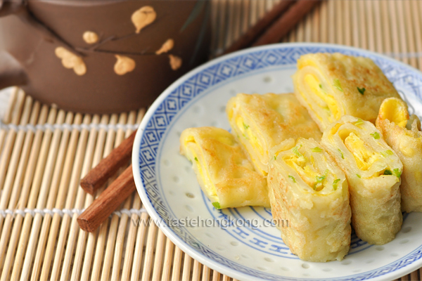 Egg pancake rolls chinese and taiwanese street food hong kong egg pancake rolls chinese and taiwanese breakfast forumfinder Images