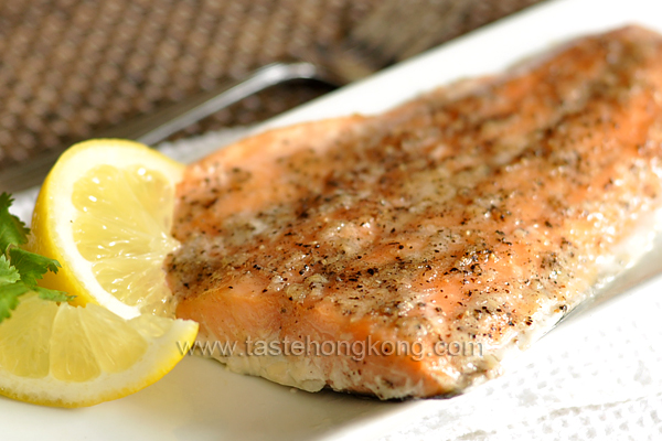 Salmon Fillet with Maple Syrup and Garlic Paste