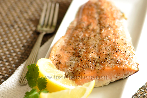 Maple-Garlic Glazed Salmon Fillet
