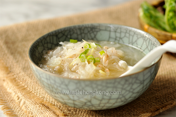 Radish Soup with Dried Shrimp Skin